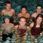 Bild von hinten links: Dominik Zimmermann, Dominik Gartner, Cedric Schneiders. Von vorne links: Simon Allebrodt, Jennifer Alt, Alina Pfingstl